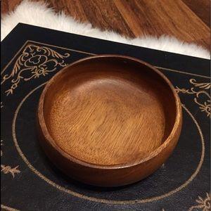 🦋2/$10 3/$15 4/$18 5/$20 Vintage Wood Bowl